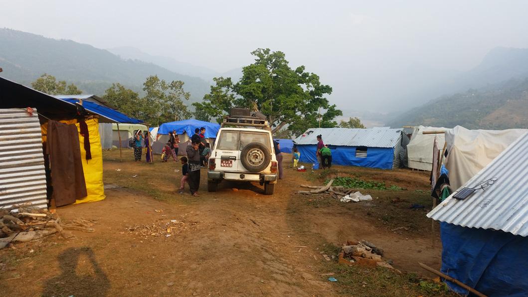 Arriving at Salyantar camp